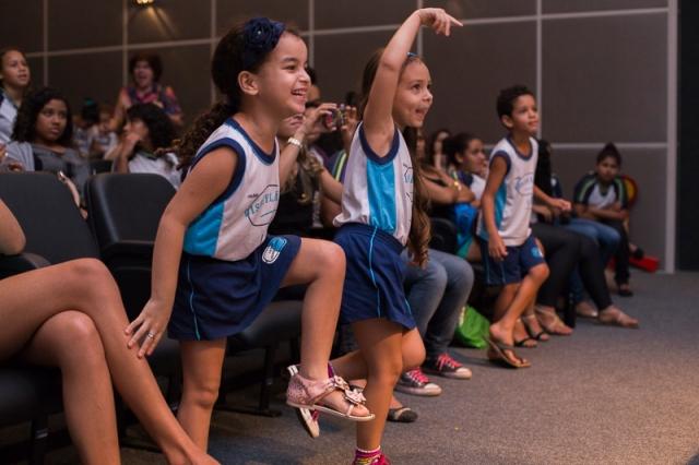 Foto feita por Janela Estúdio durante a nossa apresentação no Festival Conte Outra Vez - 2014